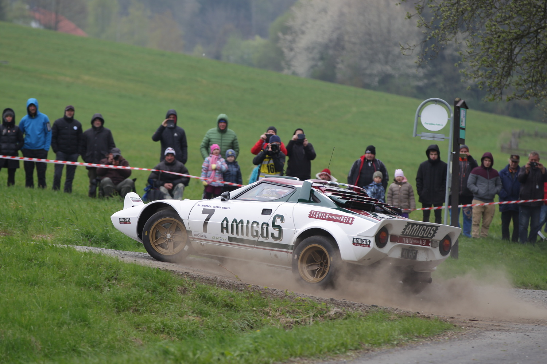 Lancia Stratos avec public